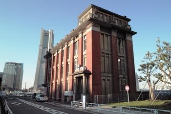 旧帝蚕倉庫ビル09.12.04J.Yama001.JPG