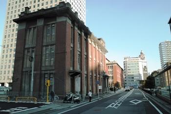 旧帝蚕倉庫ビル09.12.04J.Yama024.JPG